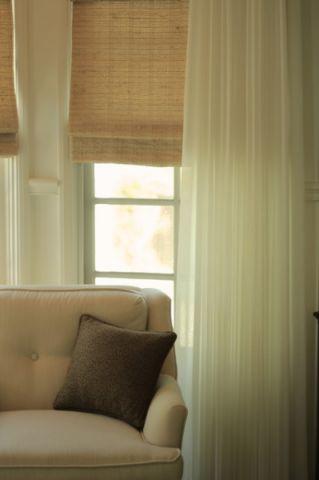 卧室米色窗帘美式风格装潢设计图片