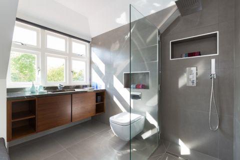 卫生间灰色背景墙美式风格装修效果图