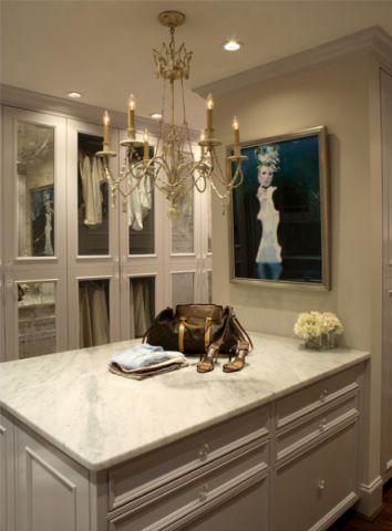 白色橱柜美式风格装潢效果图