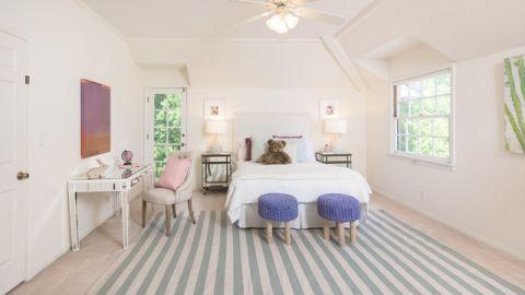 儿童房米色背景墙美式风格装饰设计图片