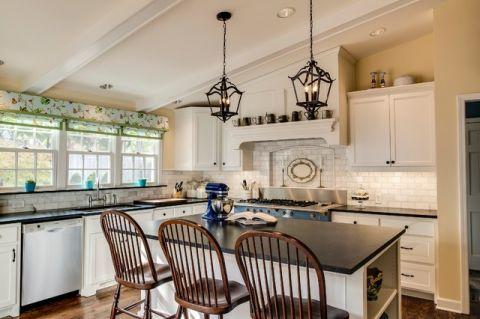 厨房米色厨房岛台美式风格装饰设计图片