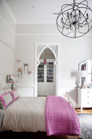 卧室白色背景墙美式风格装修效果图