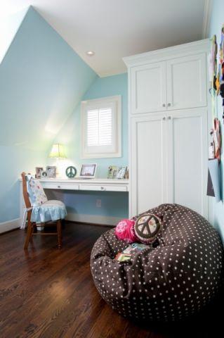 儿童房白色衣柜美式风格装饰效果图