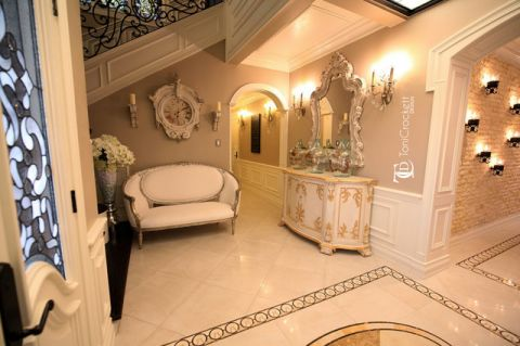 玄关咖啡色门厅简欧风格装饰图片