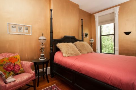 卧室橙色背景墙简欧风格装潢设计图片
