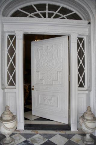 玄关白色细节简欧风格装饰设计图片