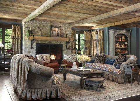 客厅咖啡色茶几简欧风格装潢设计图片