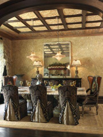 餐厅咖啡色餐桌简欧风格装修效果图