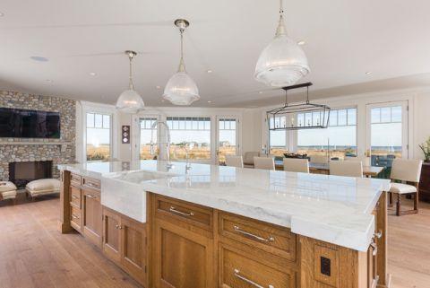 厨房白色餐桌简欧风格装修图片