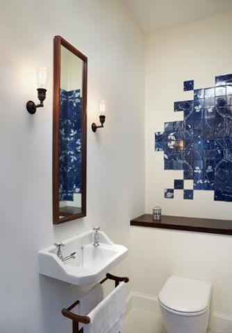 卫生间梳妆台简欧风格装饰设计图片