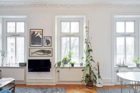 客厅白色窗台简欧风格装修效果图