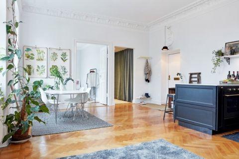 客厅白色餐桌简欧风格装潢效果图