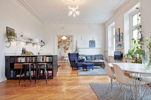 客厅咖啡色书架简欧风格装修设计图片