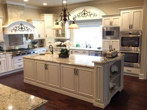 厨房米色厨房岛台简欧风格装饰效果图