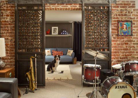 卧室红色地下室混搭风格装潢设计图片