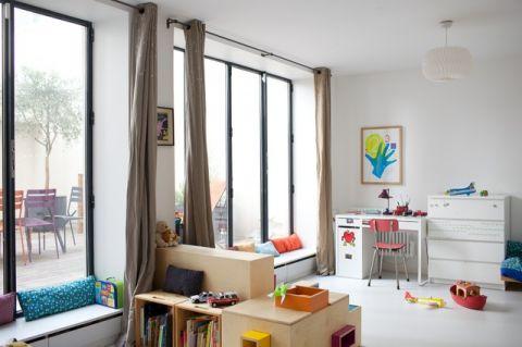 儿童房飘窗混搭风格装潢图片
