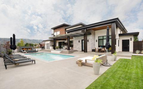 外景泳池现代风格装修设计图片
