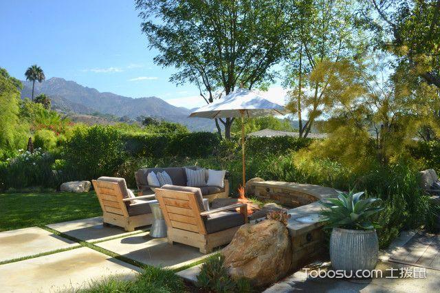 阳台咖啡色沙发现代风格装修设计图片
