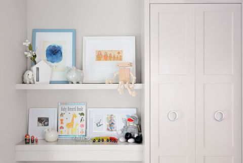 儿童房米色橱柜现代风格装饰图片