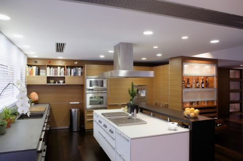 厨房黄色橱柜现代风格效果图