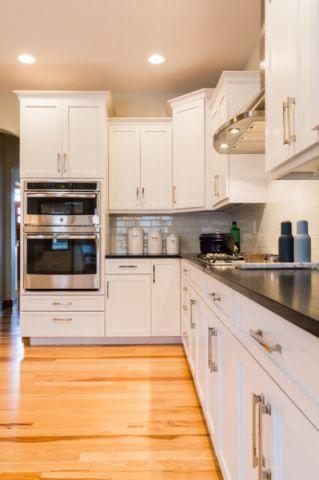 两室一厅现代风格厨房装修效果图_土拨鼠2017装修图片大全