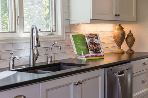 厨房厨房岛台现代风格装潢效果图