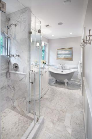 卫生间白色背景墙美式风格装修图片