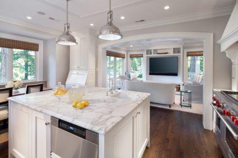 厨房白色吧台美式风格装饰设计图片