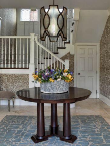 玄关白色楼梯美式风格装饰图片