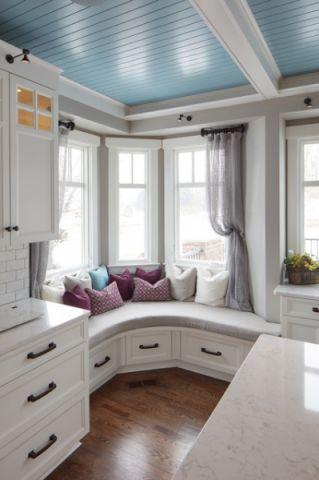 卧室白色橱柜美式风格装潢效果图