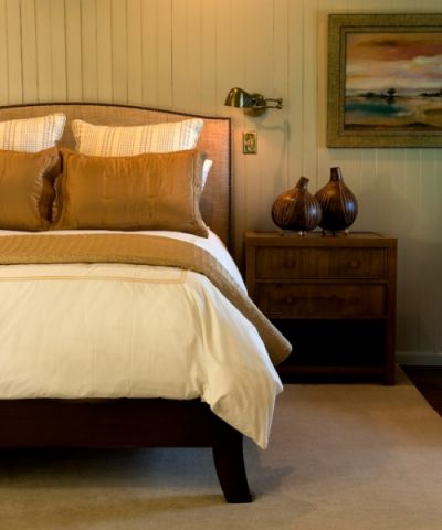 卧室黄色床简欧风格装潢设计图片