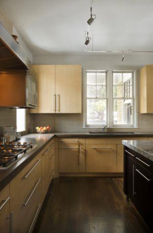 厨房黄色橱柜简欧风格装修设计图片