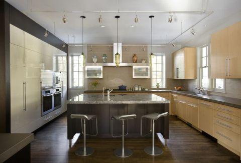 厨房黄色橱柜简欧风格装饰效果图