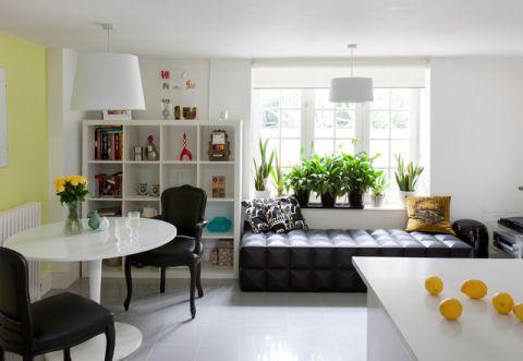餐厅白色餐桌简欧风格装修图片
