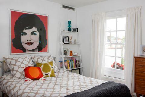 卧室白色床头柜简欧风格装潢图片