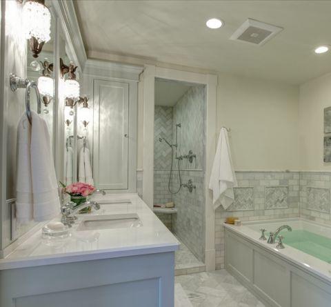 卫生间白色细节简欧风格装饰效果图