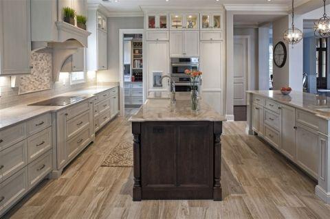 厨房白色橱柜简欧风格装潢图片
