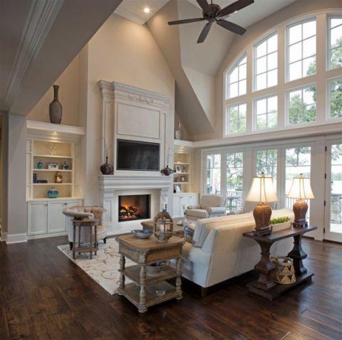 客厅白色沙发简欧风格装潢设计图片