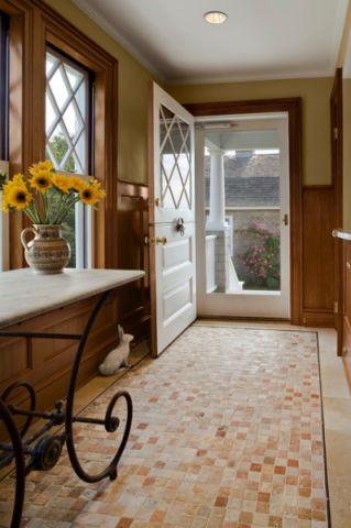 玄关黄色门厅简欧风格装潢图片