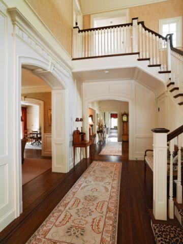 客厅白色走廊简欧风格装修效果图