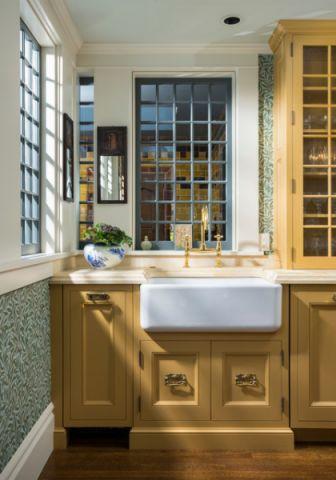 厨房黄色橱柜简欧风格装潢图片