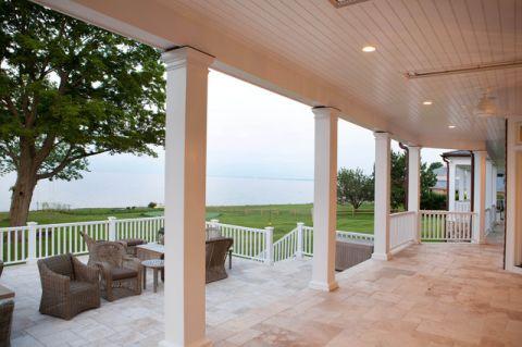 阳台白色细节简欧风格装饰设计图片
