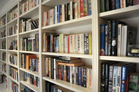 书房白色书架简欧风格装潢图片