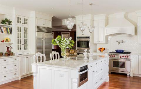 厨房吧台简欧风格装修设计图片