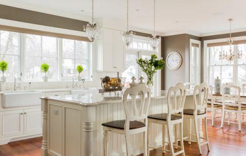 厨房吧台简欧风格装潢设计图片