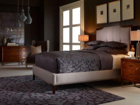 卧室咖啡色床头柜简欧风格装潢设计图片