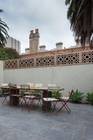 阳台橙色茶几简欧风格装修效果图