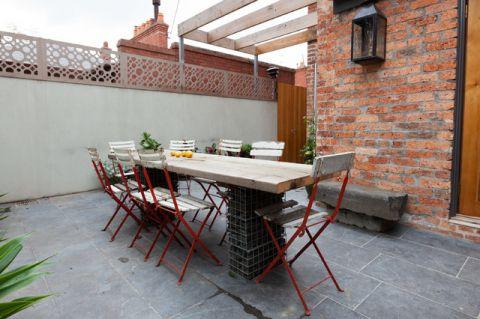 阳台橙色茶几简欧风格装饰效果图