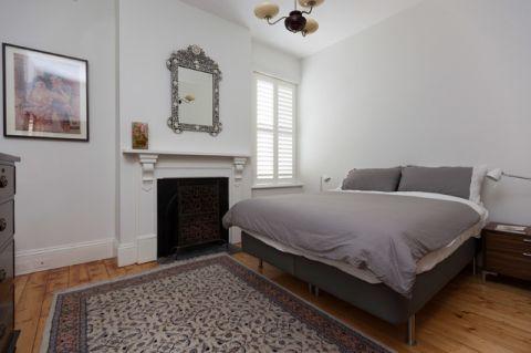 卧室白色细节简欧风格装潢图片