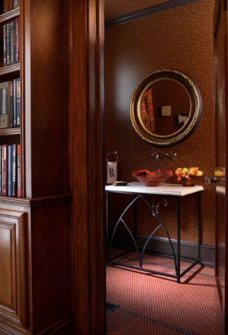 卫生间红色细节混搭风格装修图片